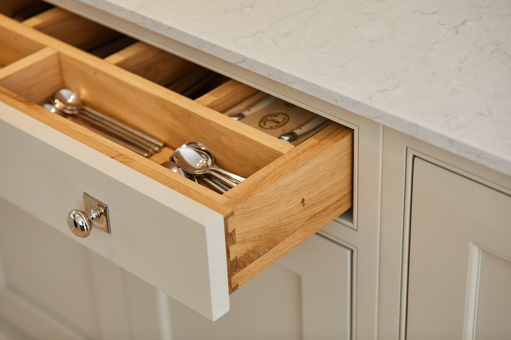 Solid oak drawer box with dovetail joints and cutlery insert