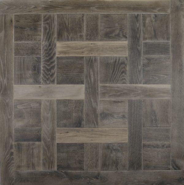 Full chantilly flooring panel in oak