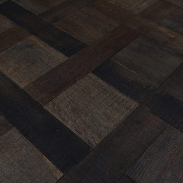 Reclaimed barn oak versailles oak floor