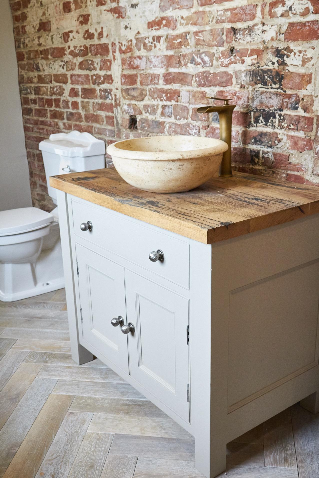 Moor Monkton Barn bathroom
