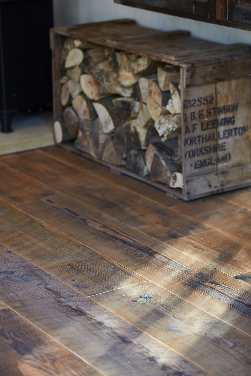 Reclaimed flooring with log storage