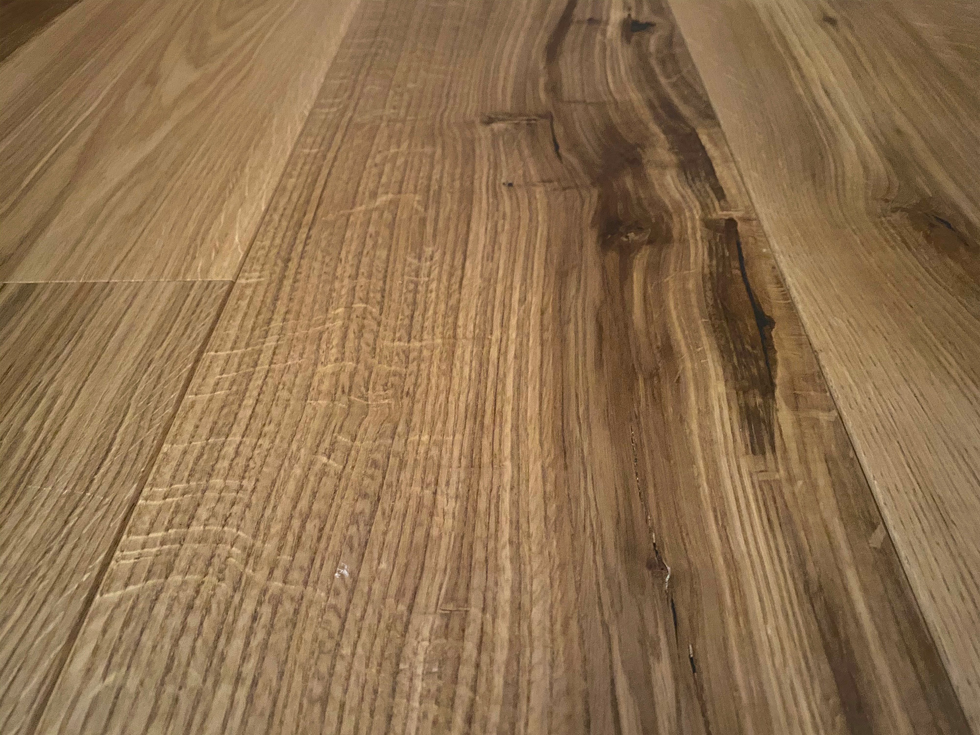 Honey coloured oak flooring