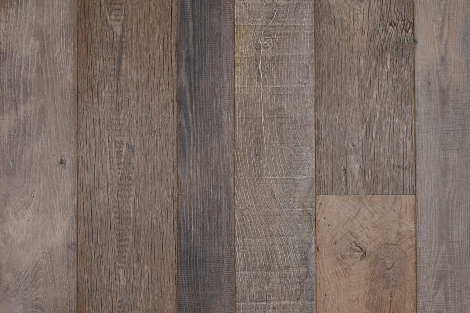 Engineered oak reclaimed floor board