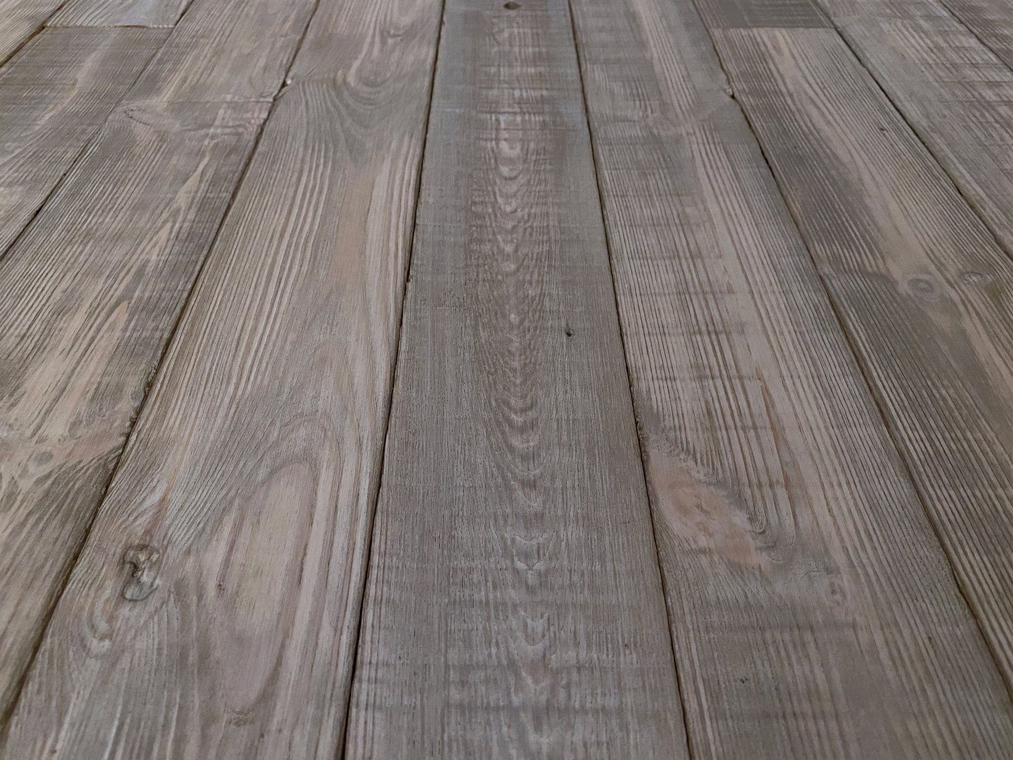 Old white wood cladding