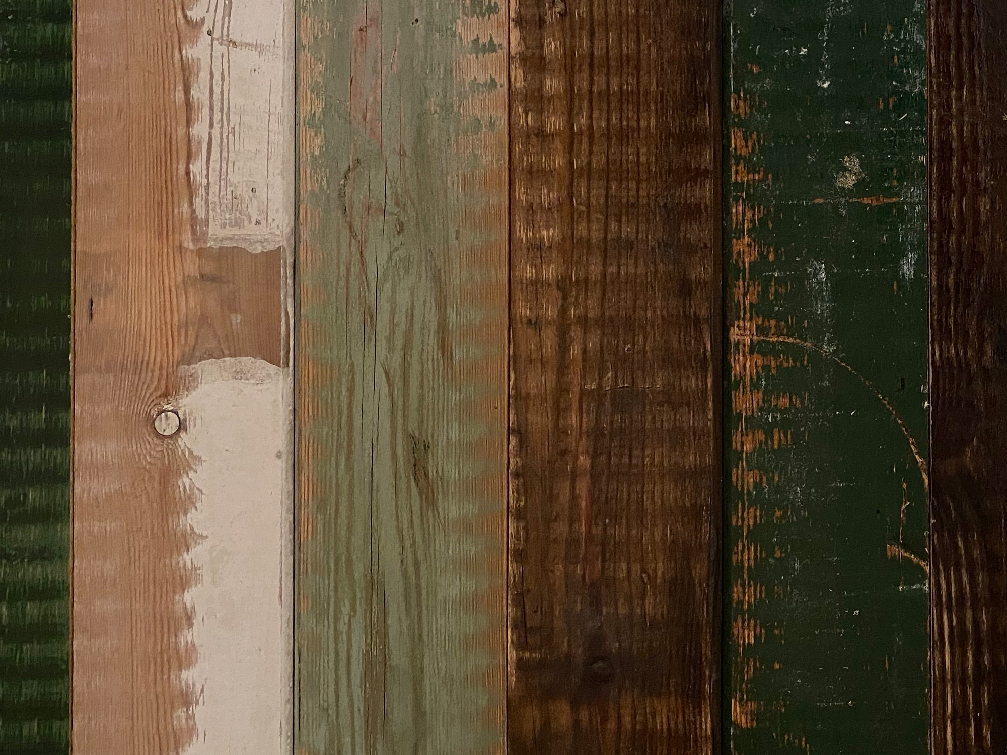 Coloured rustic wall cladding