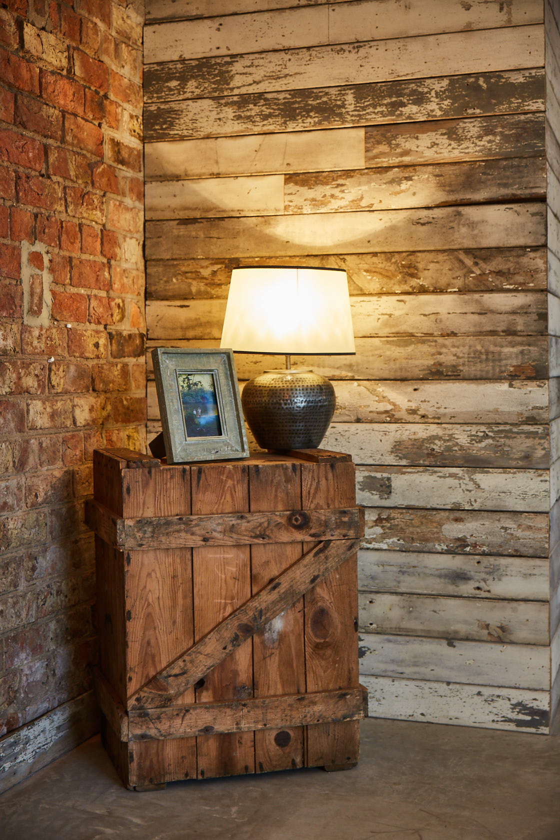 Reclaimed fruit crate with lamp