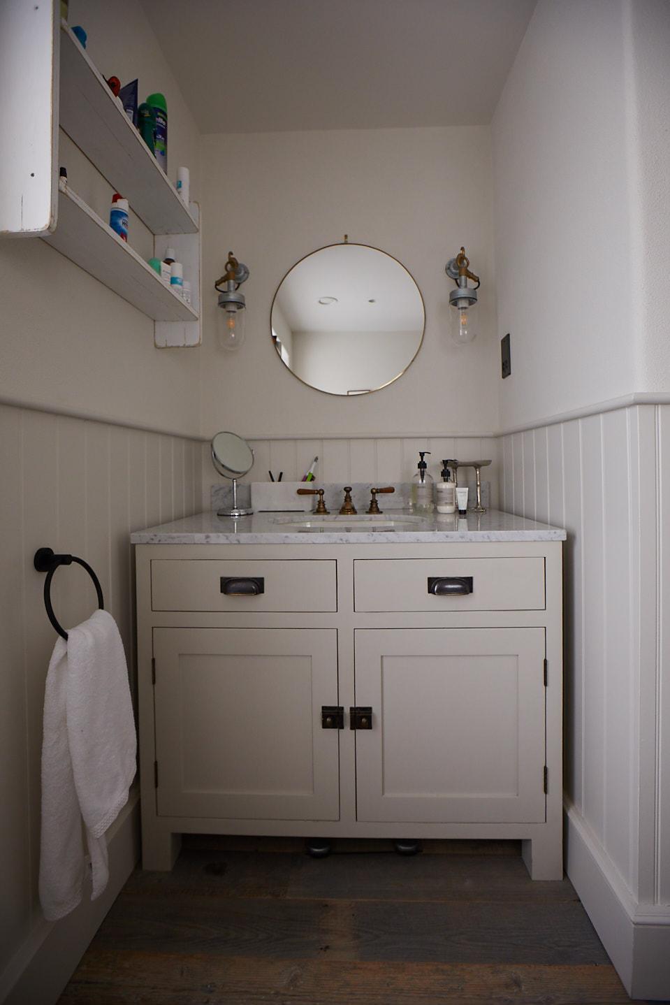 Painted double door vanity unit