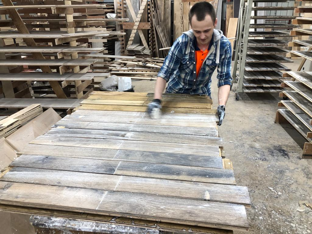 Reclaimed flooring manufacturing process