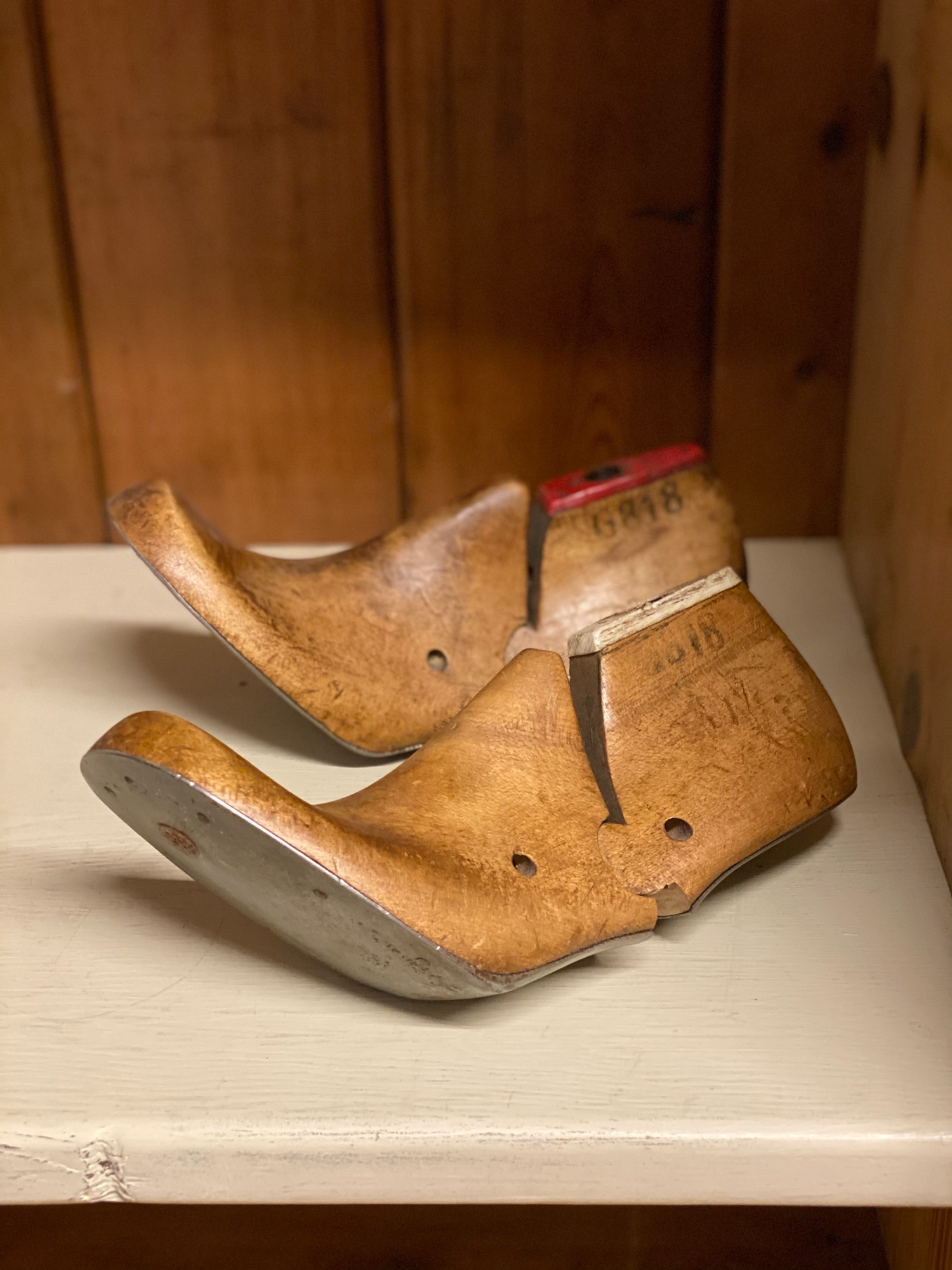 Wooden shoe lasts