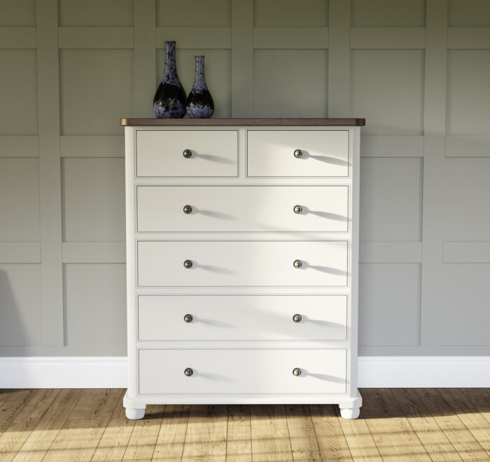 Seven drawer chest