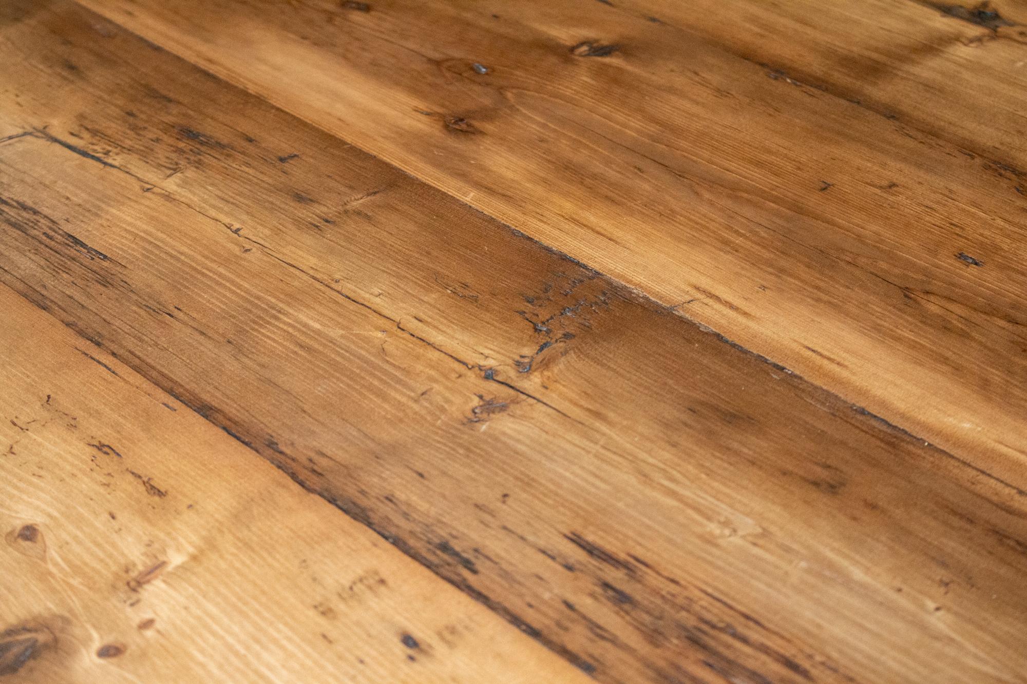 Reclaimed pine wood sample