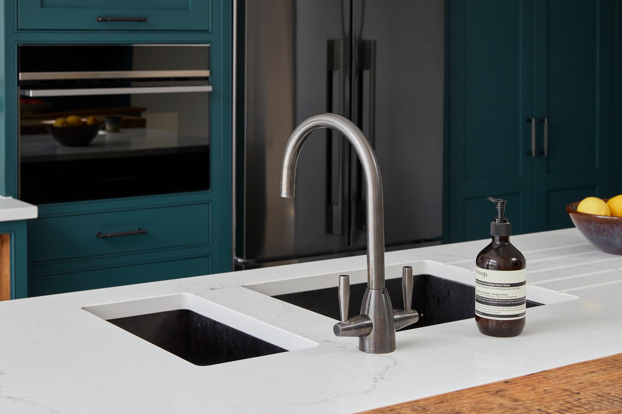 Under mount sink in caesarstone