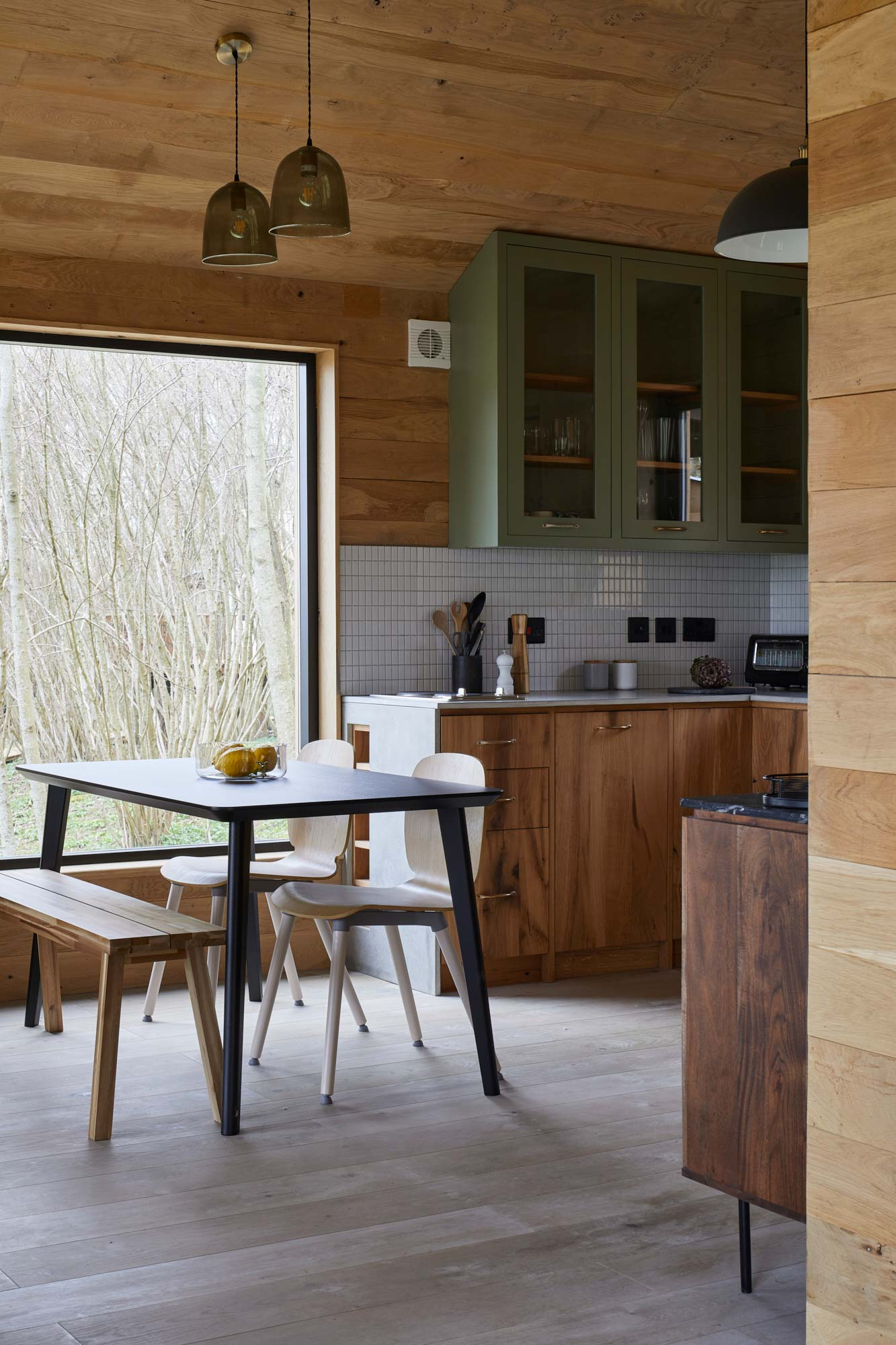 Clean oak bespoke kitchen