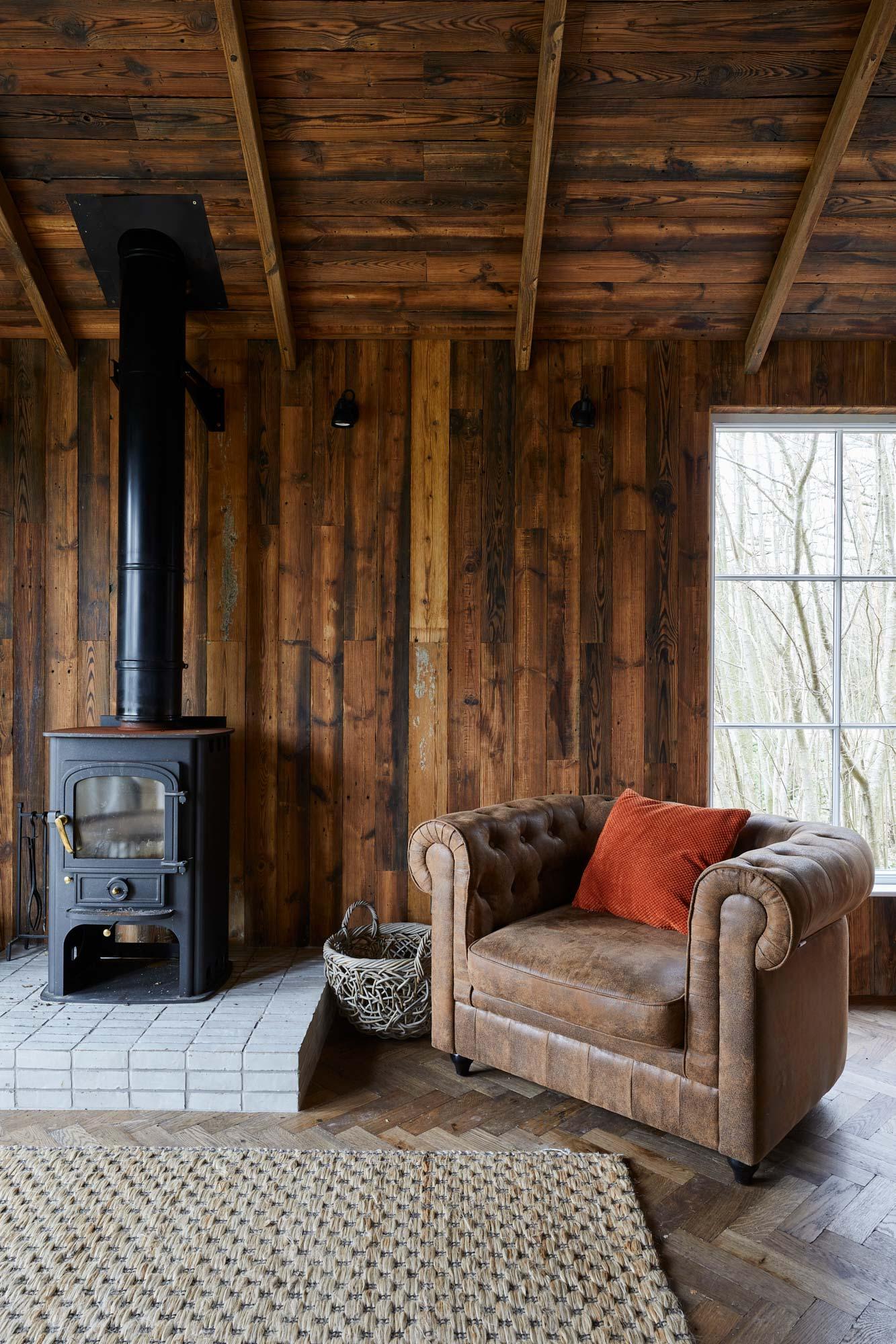 Distressed wood cladding