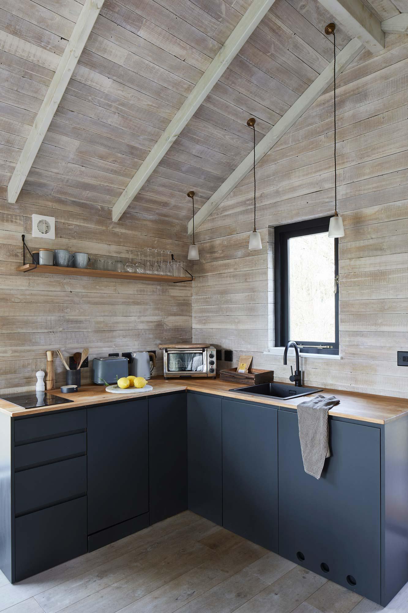 Scandi bespoke kitchen
