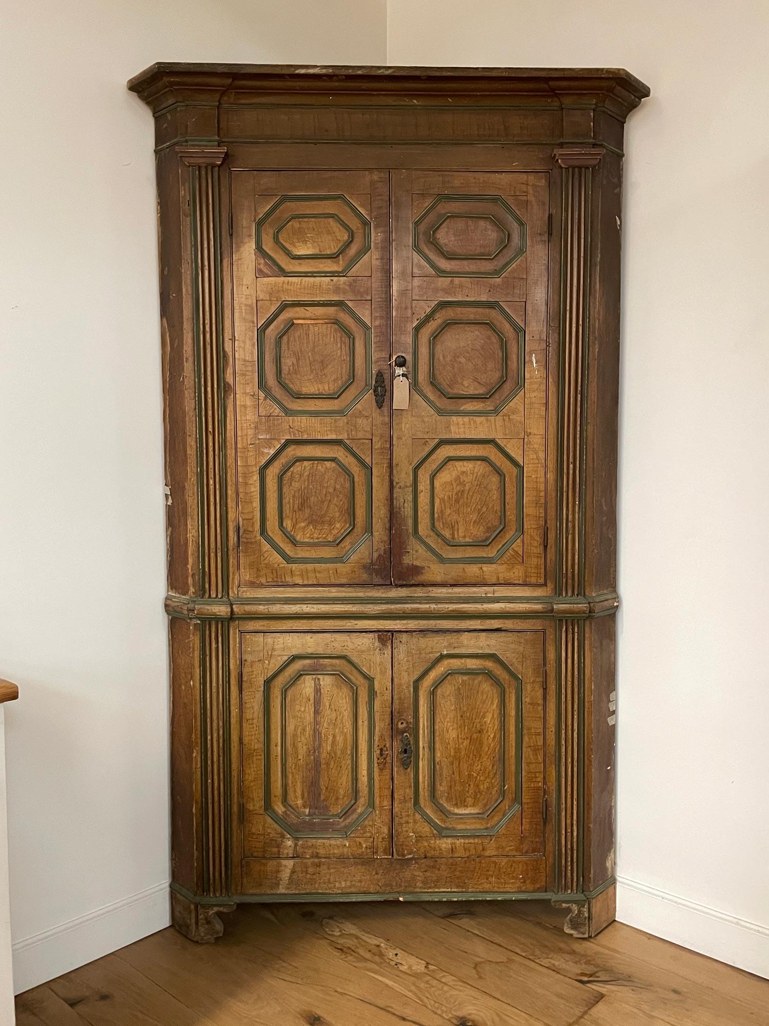 Georgian Corner Cabinet