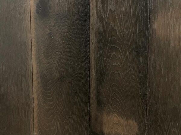 Dark oak tobacco floor