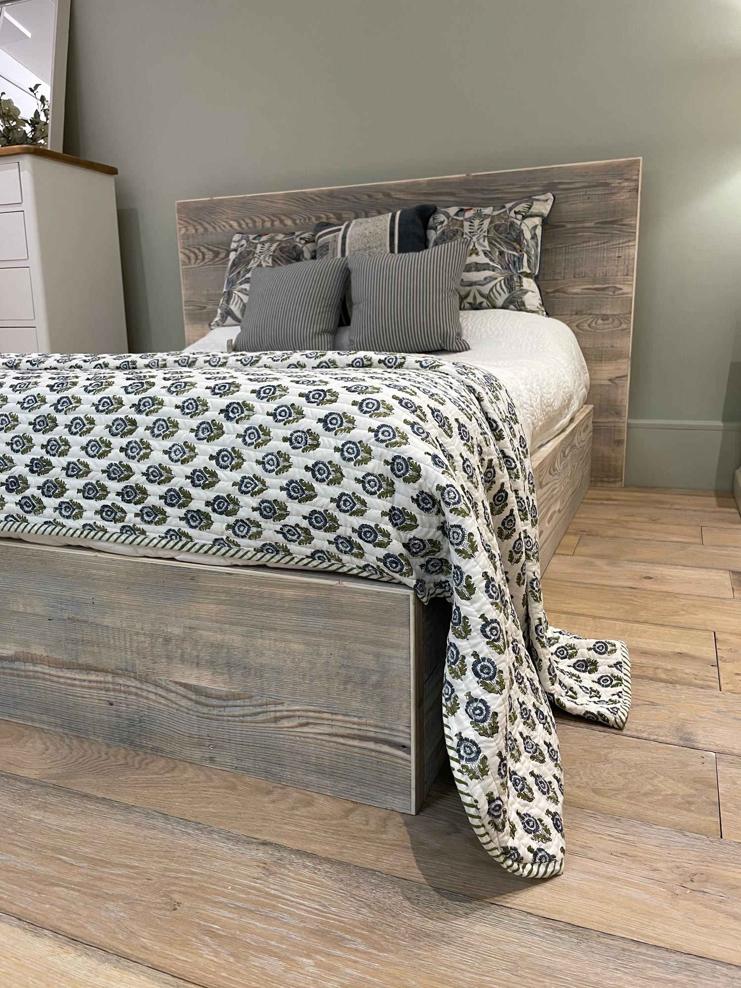 Reclaimed wood king size bed