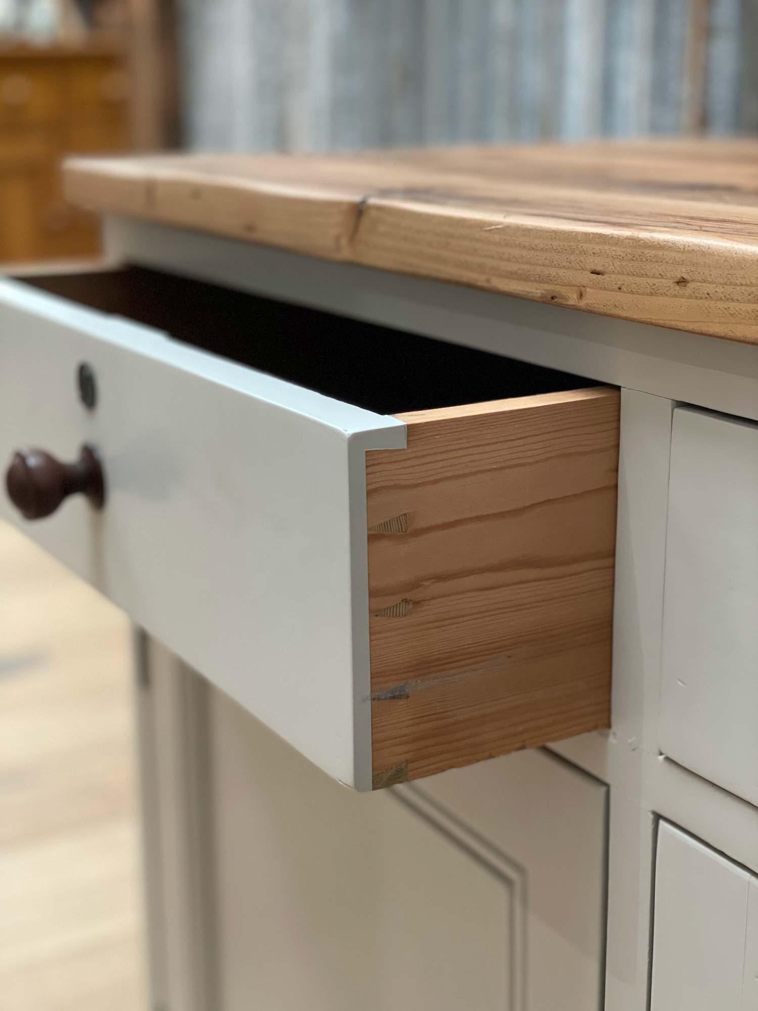 Original drawer dovetail detail