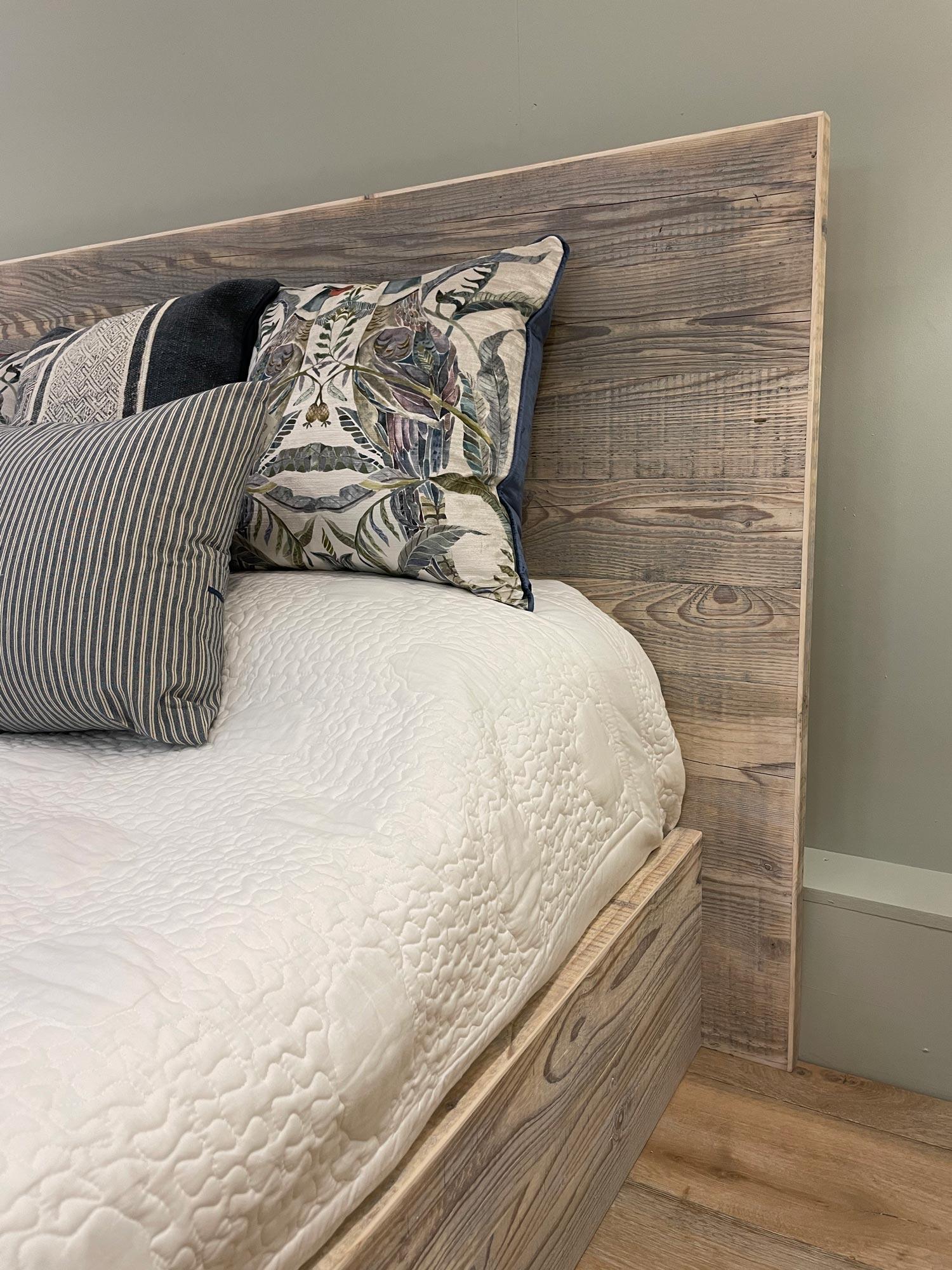 King size bed reclaimed wood headboard